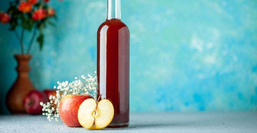 Milyen egészségügyi előnyei vannak az almaecet fogyasztásának?