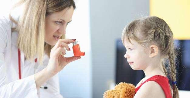 Hogyan ismerjük fel a gyermekkori asztma tüneteit?