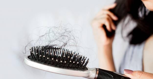 Hogyan kezelhető a nagymértékű hajhullás?