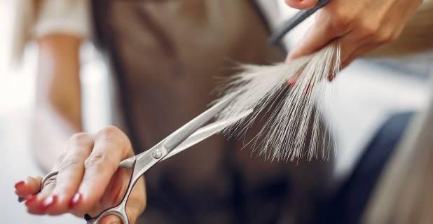 Mit tegyünk, ha töredezik a hajunk?